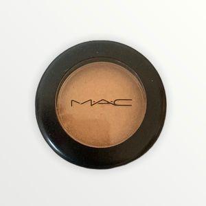 Mac eyeshadow flip frost